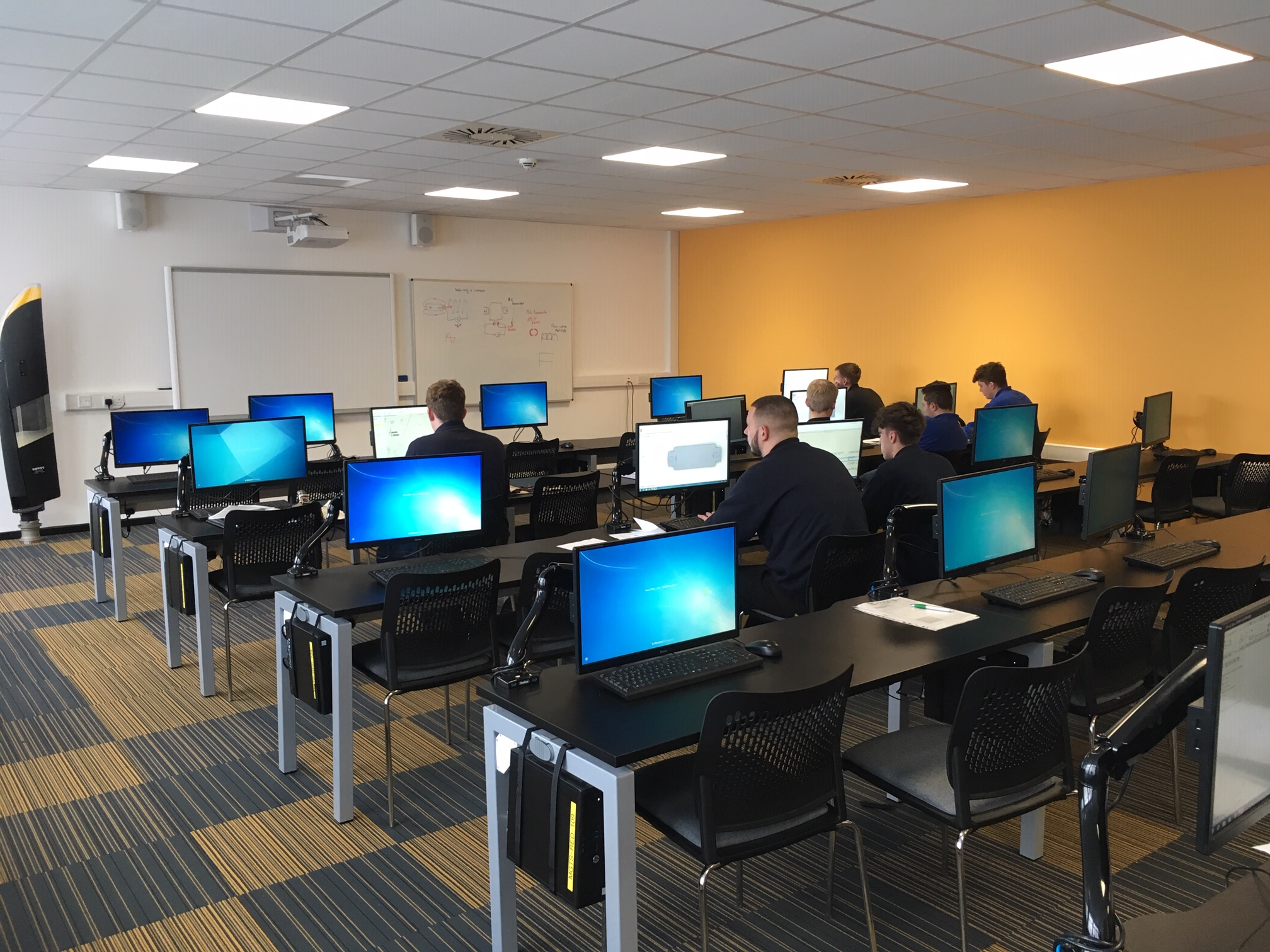 Apprentices learning on computers